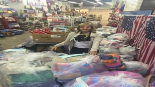 STUNT!: NY Woman Balls Outta Control, Buys Toy Store As Christmas Gift to Homeless Kids