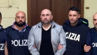 Italian Police Bust Crime Boss By Posing As Pizza Delivery Boys