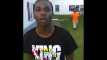 Oldhead Gets Mollywhomped When He Pulls Up On Youngsters Trying To Fight For Facebook
