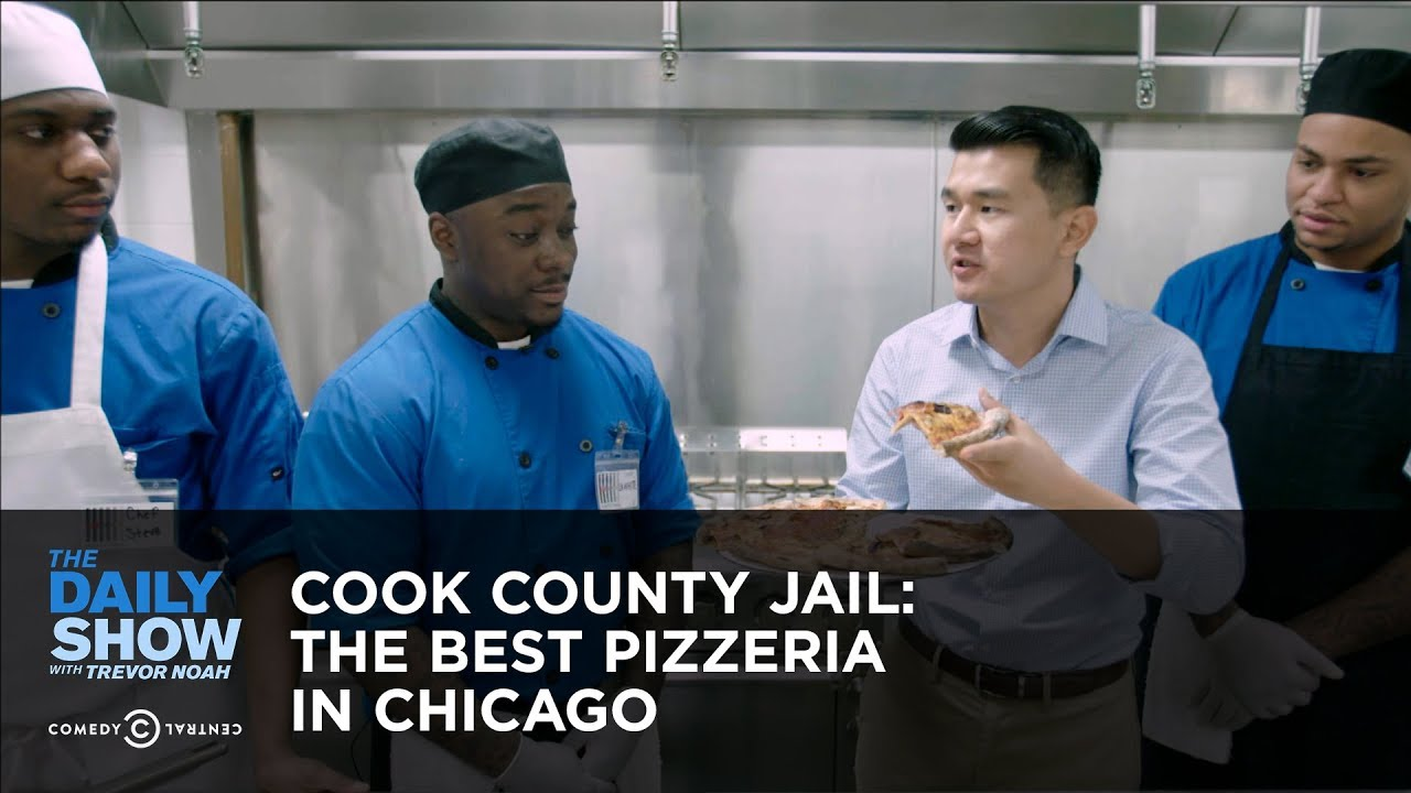 Cook County Jail: The Best Pizzeria in Chicago | The Daily Show